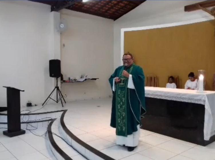 Transmissão da Santa Missa direto da Comunidade Vamos Ver o Sol